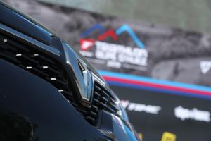 Renault Auto Dauphiné partenaire historique du Triathlon de l'Alpe d'Huez